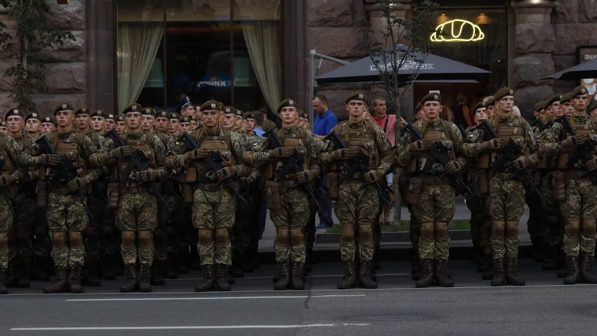 Відомий волонтер окреслив головні проблеми української армії