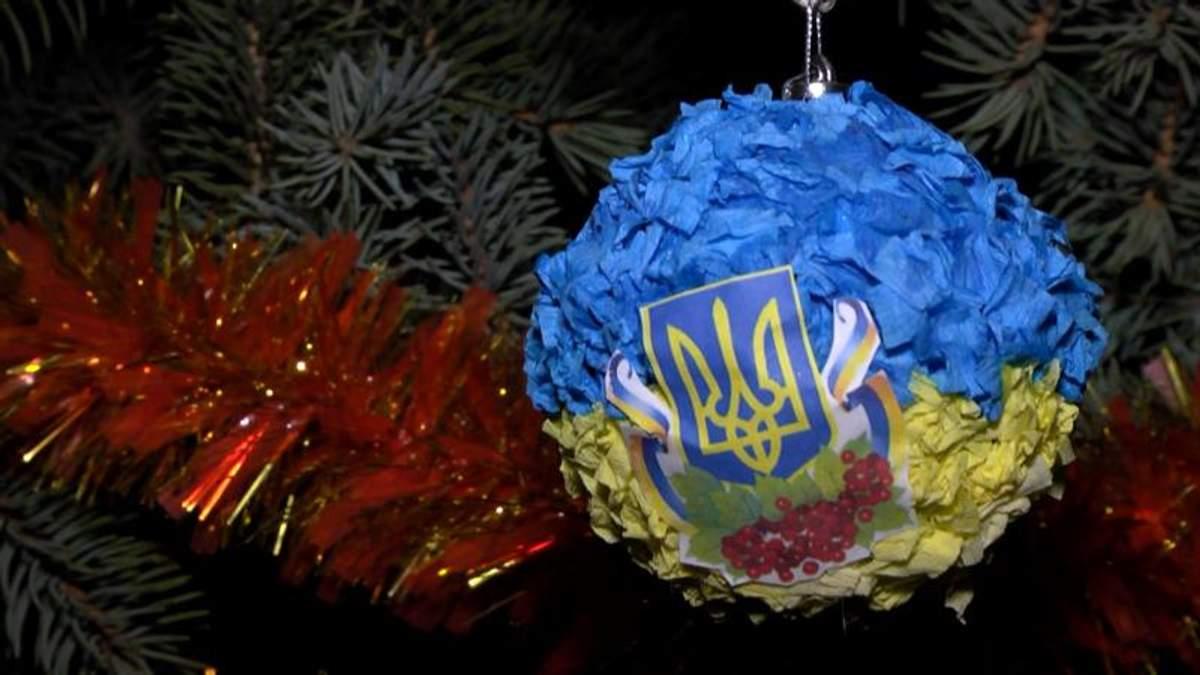 """""""Окопные"""" 12 блюд, колядки и """"традиция"""" боевиков: как украинские бойцы празднуют Рождество"""