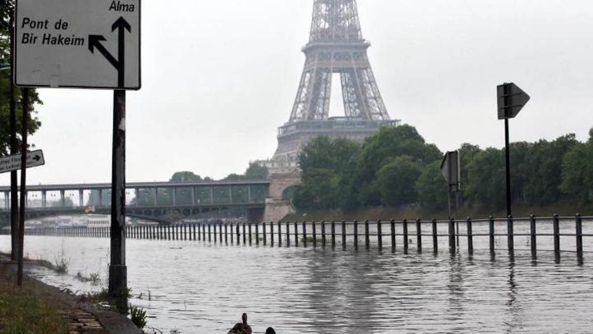 Париж підтопило: Сена вийшла з берегів