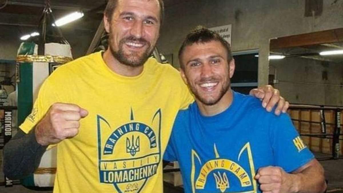 Известного российского боксера Сергея Ковалева обвинили в предательстве за видео с украинскими военными