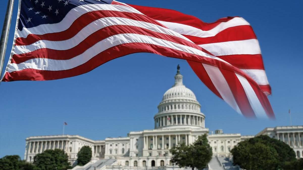 """В США начался """"шатдаун"""": правительство страны приостановило работу из-за отсутствия денег"""