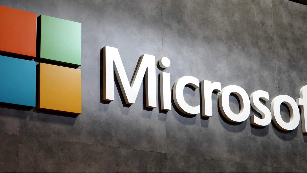 Карикатурист остроумно изобразил, как Россия уничтожит Microsoft