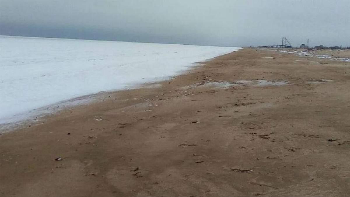 На Херсонщині замерзло море