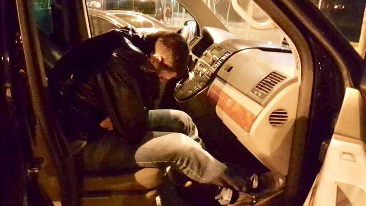 Радник голови Комітету Верховної Ради з питань боротьби з організованою злочинністю та корупцією Віталій Рябцун влаштував п'яний дебош у Києві