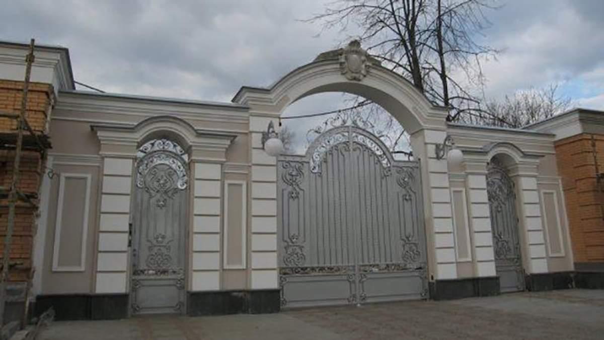 Маєток Петра Порошенка у Козині
