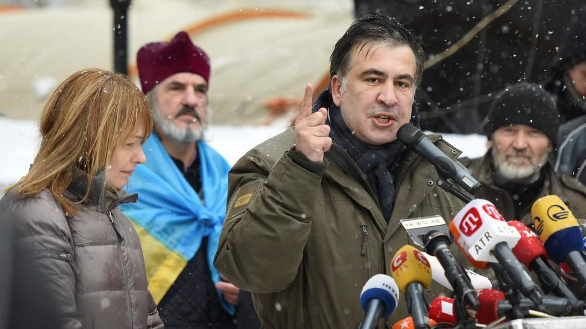 Порошенко своими атаками снова вывел меня на авансцену, – Саакашвили в интервью Liberation