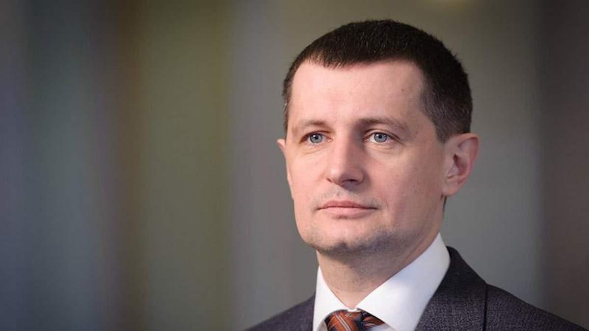 СБУ служит украинским олигархам, а не закону, – Семенуха