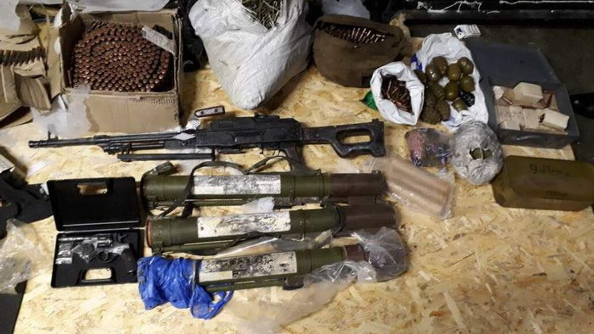 В Новомосковске нашли оружие из АТО