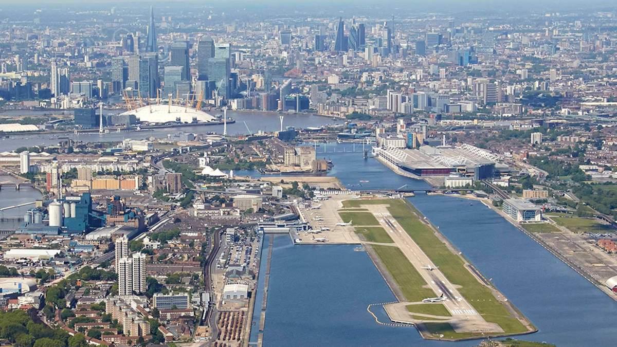 Аеропорт Лондона знову працює