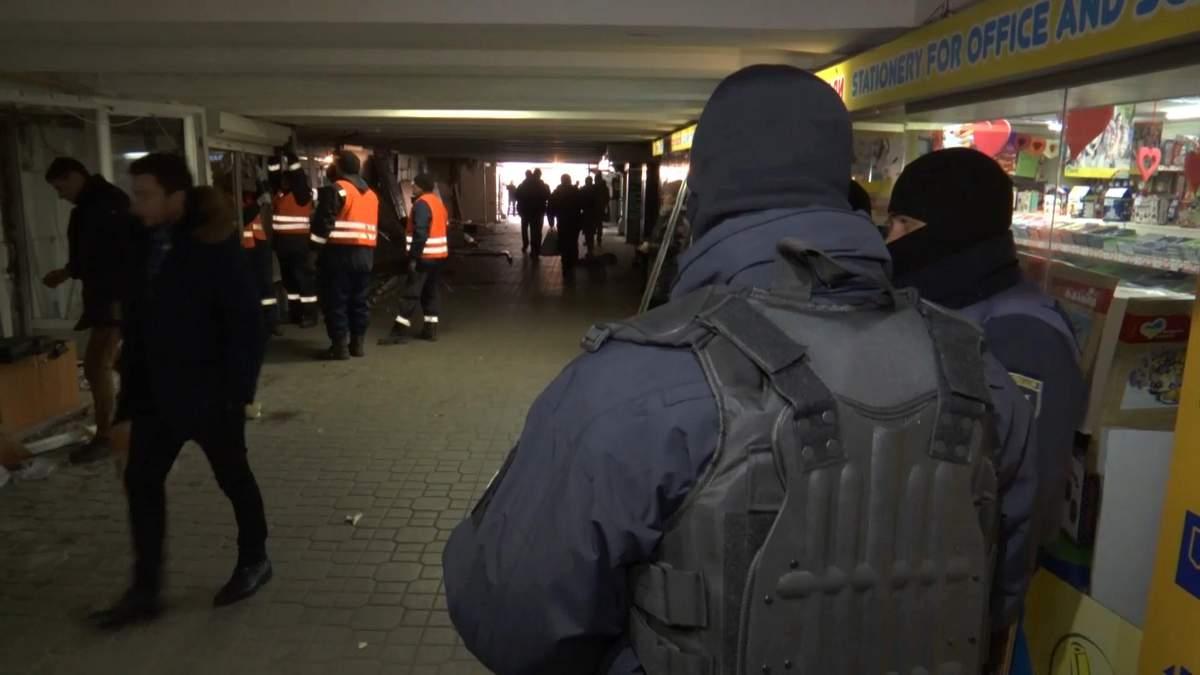Знесення МАФів у Києві: чи це законно і хто правий?