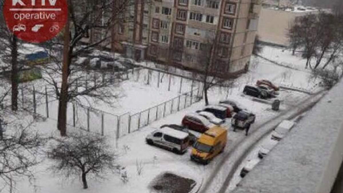 Житель угрожает взорвать дом в Киеве
