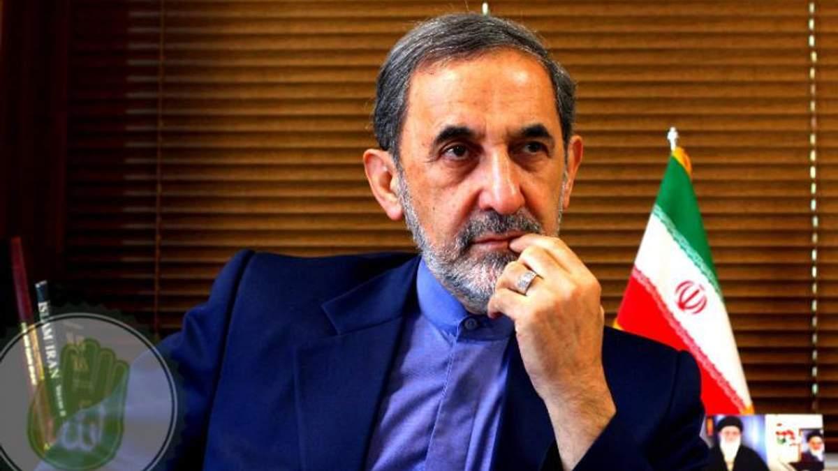 Алі Акбар Велаяті заявив, що США повинні вивести свої війська із Сирії