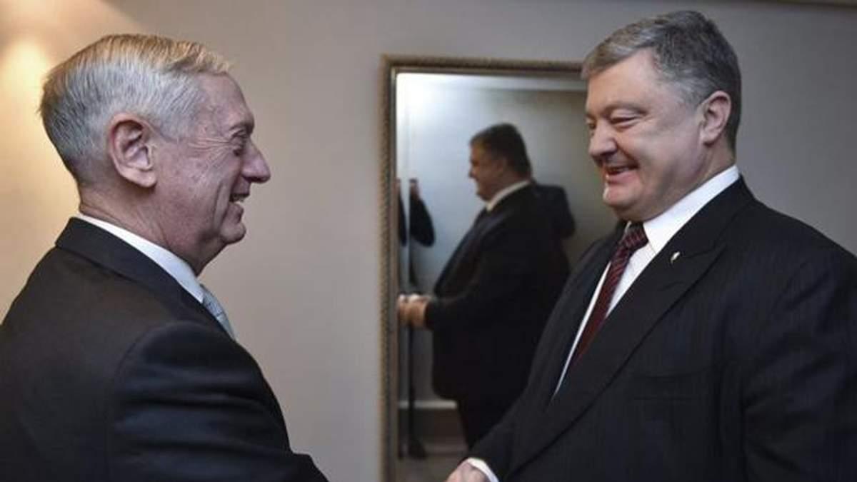 Встреча Порошенко и Мэттиса: о чем говорили политики