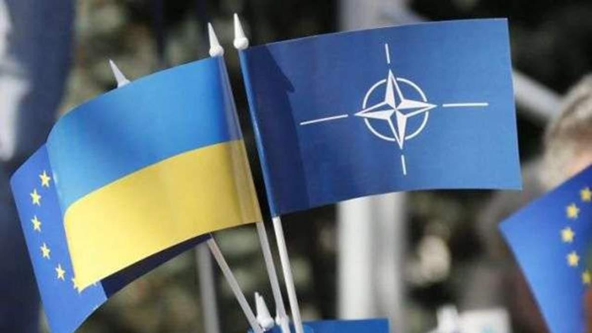 Украина может вступить в НАТО и без референдума
