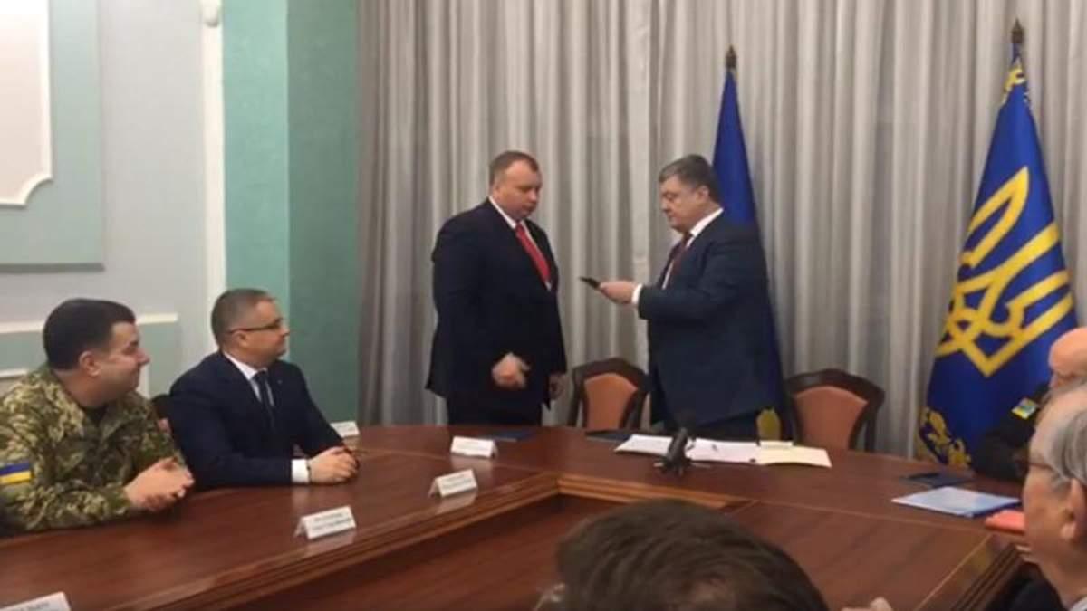 """Официально: Порошенко назначил нового главу """"Укроборонпрома"""""""
