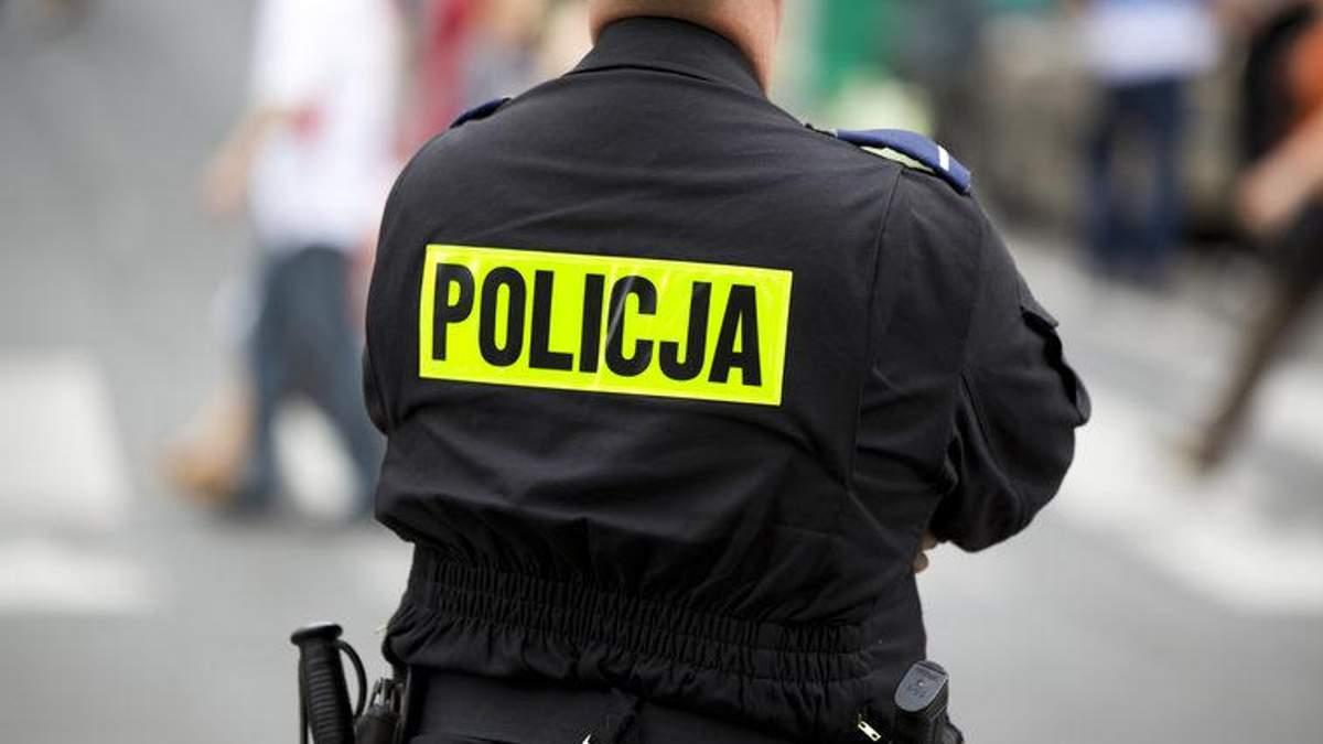 Польські поліцейські відкрили вогонь по українцях