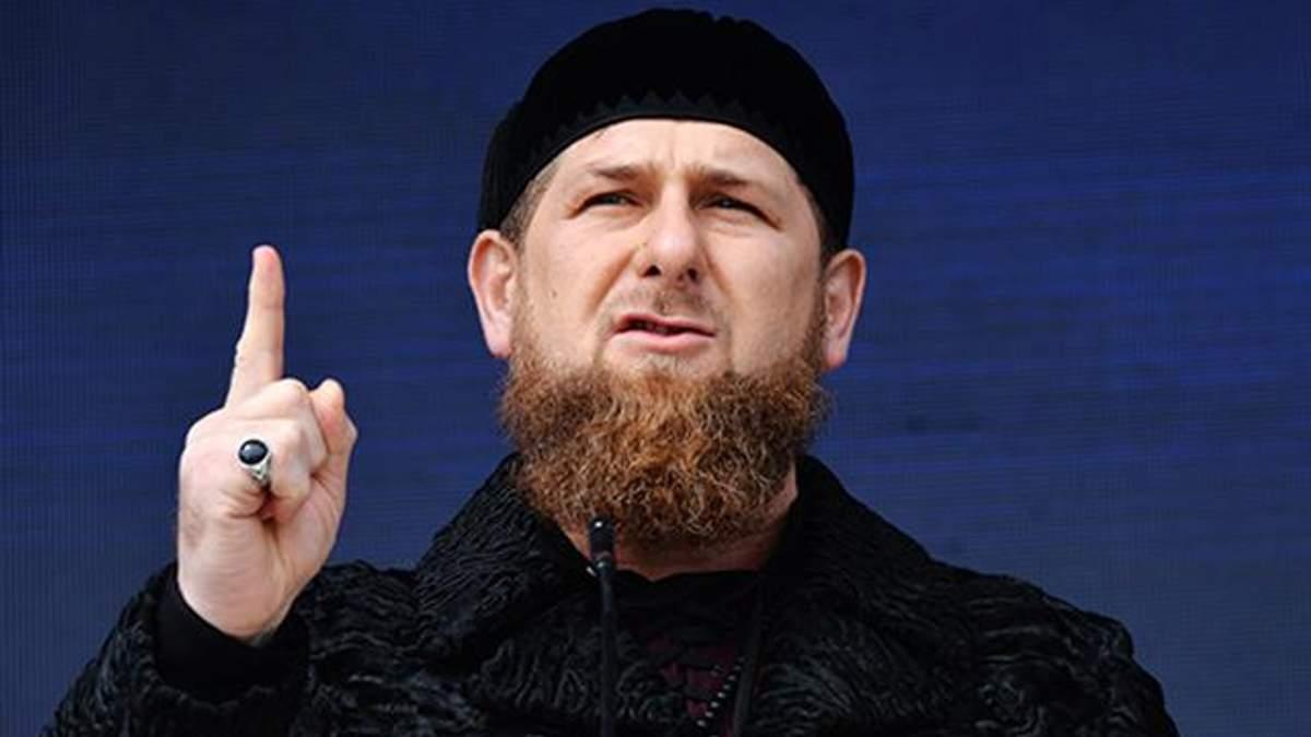 Кадыров заснул во время речи Путина: фотодоказательство