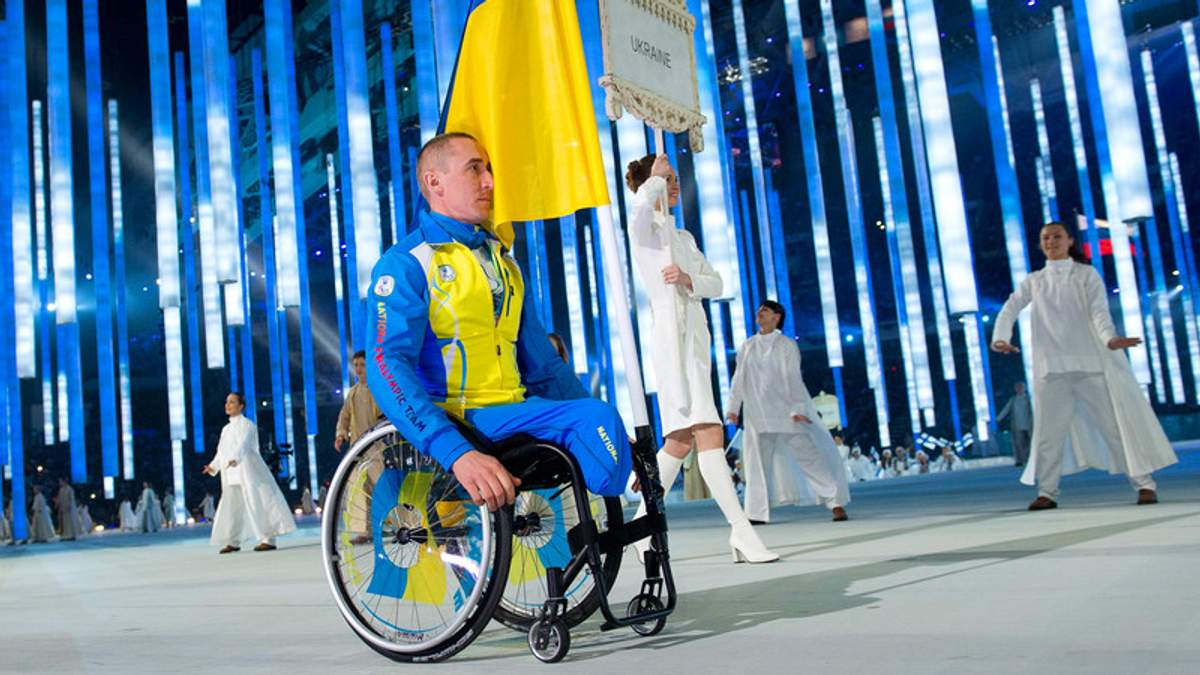 Биатлонист и лыжник Михаил Ткаченко был единственным украинским спортсменом на церемонии открытия Паралимпиады в Сочи в 2014 году