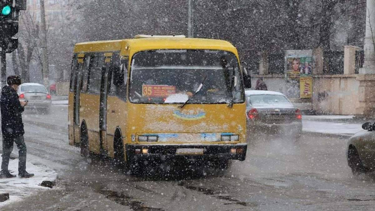 Непогода в Украине: на Херсонщине в травмпункт попали более 60 пациентов