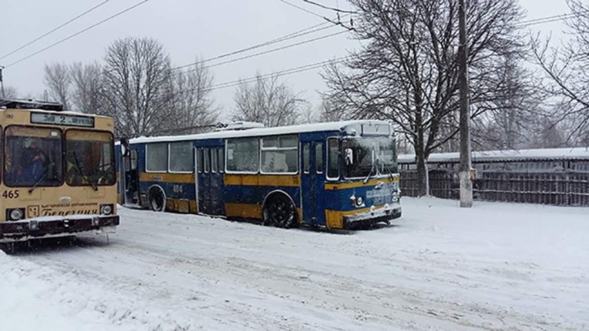 Чернігівські тролейбуси (ілюстрація)