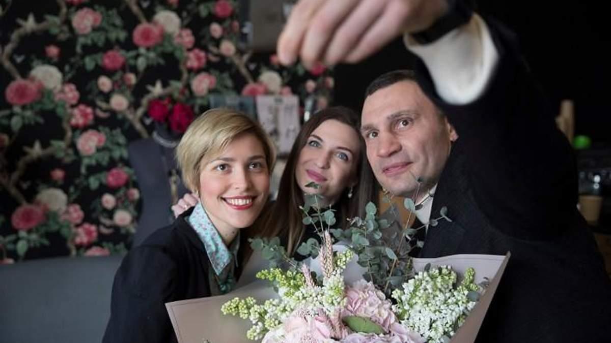 Виталий Кличко поздравил женщин с 8 марта