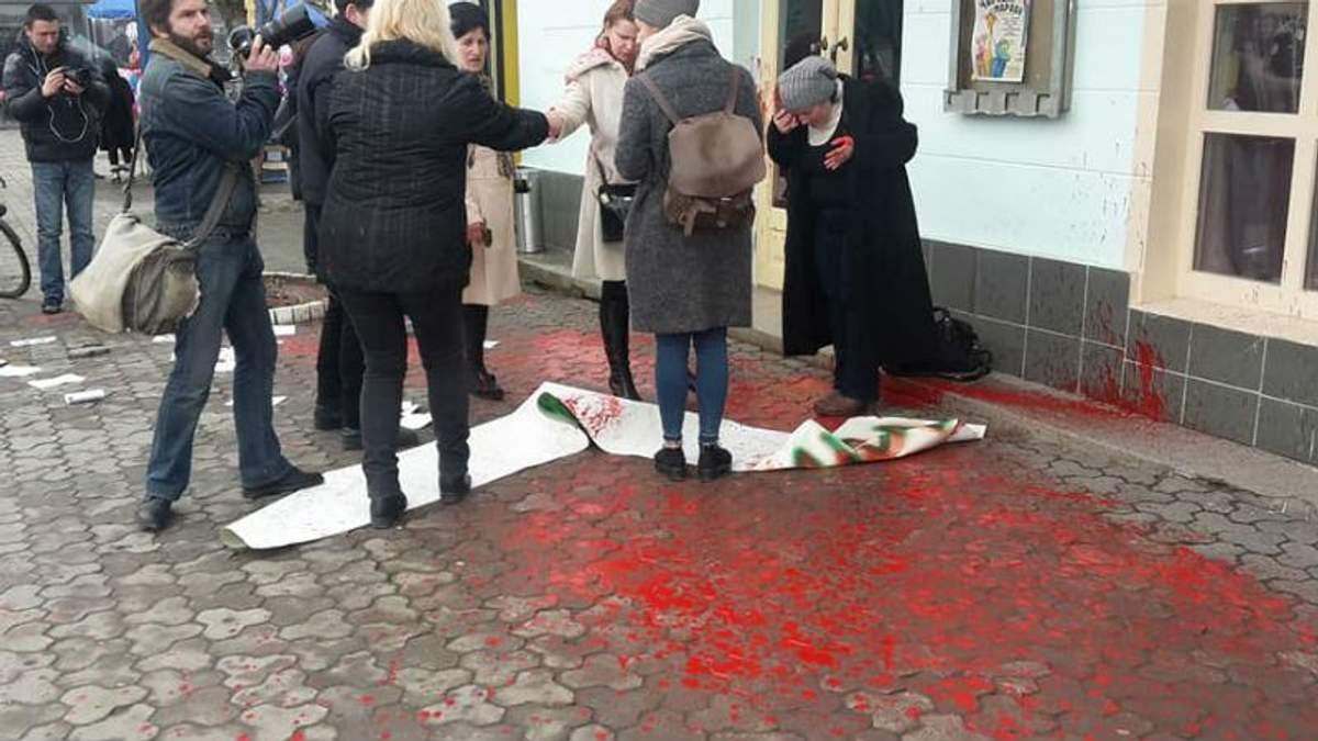 В Ужгороді напали на активістів за права жінок
