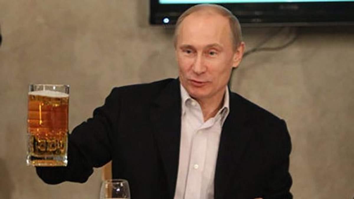 Путін розповів, що Ангела Меркель інколи надсилає йому пиво