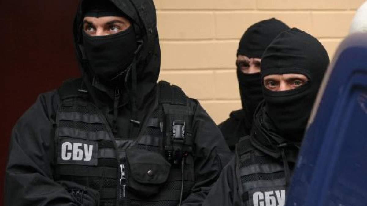 СБУ проводить понад 25 обшуків по всій Україні, в тому числі і у журналістів