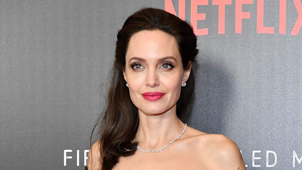 В Анджеліни Джолі з'явився новий бойфренд