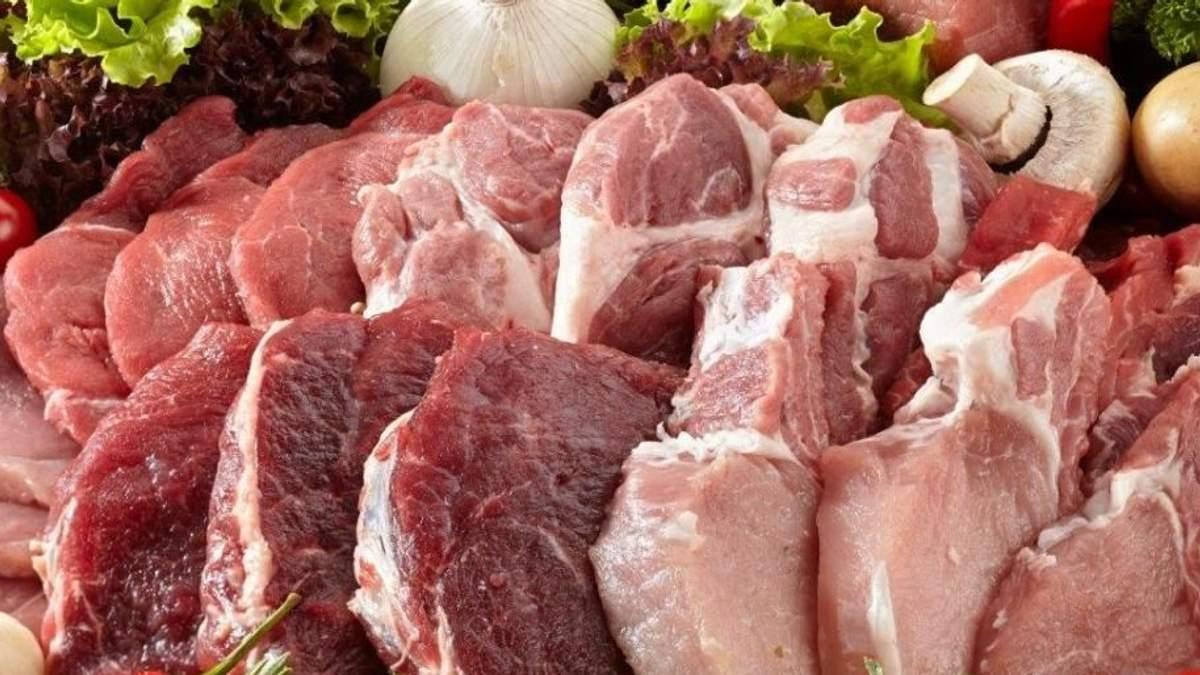 В Украине хотят запретить продавать домашнюю свинину и говядину
