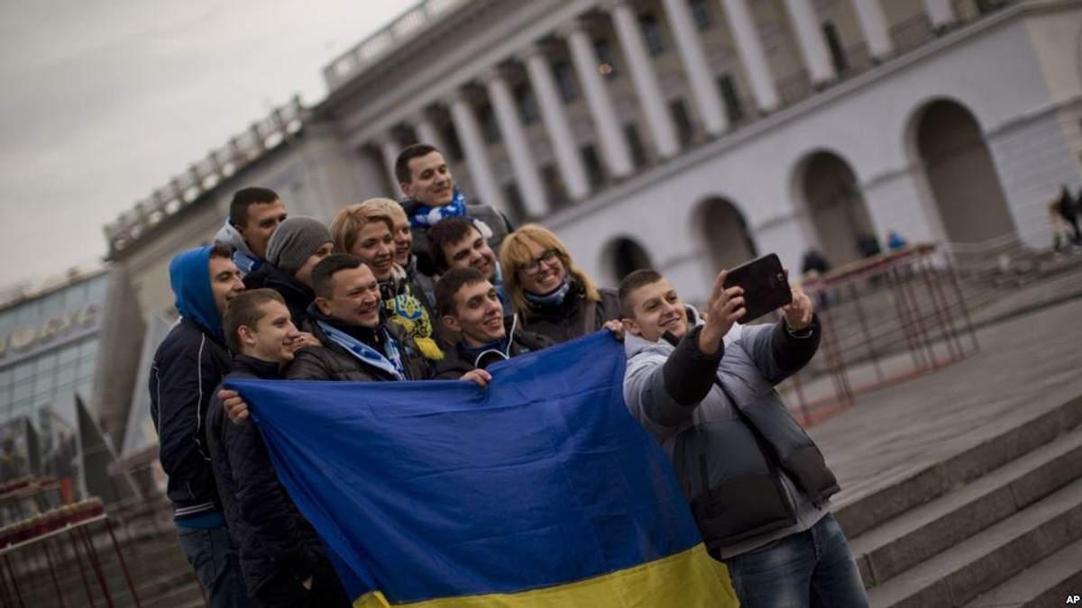 Украинцы оптимистично настроены в отношении экономики, несмотря на коррупцию – опрос