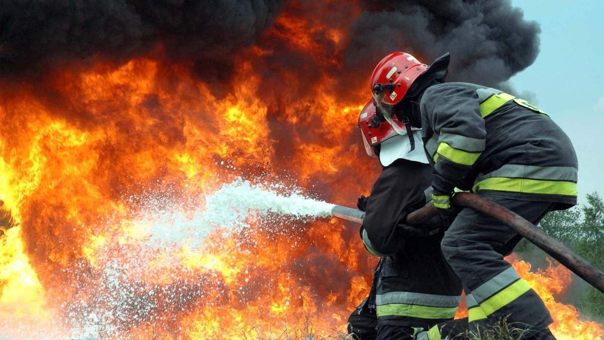 Пожежа в приміщенні: що робити та правила порятунку - ваші дії