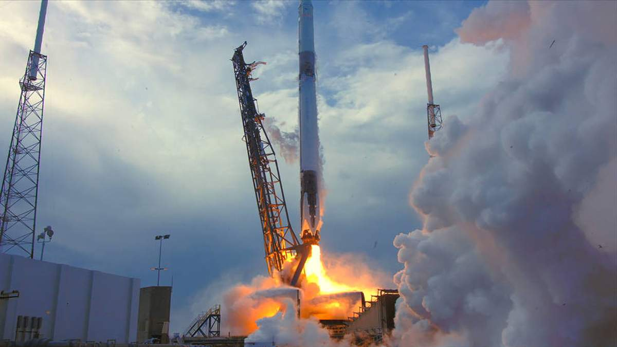 SpaceX запустила Falcon-9 з вантажем для МКС