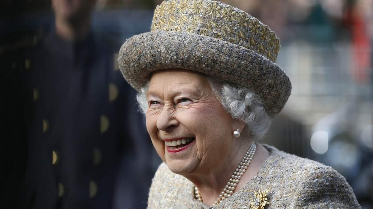 Королеві Єлизаветі ІІ – 94: маловідомі факти із життя Її Величності