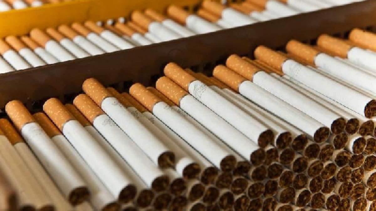 """""""Прима"""" за ціною """"Мальборо"""": хто протягує в Раді закон про підвищення цін на цигарки"""