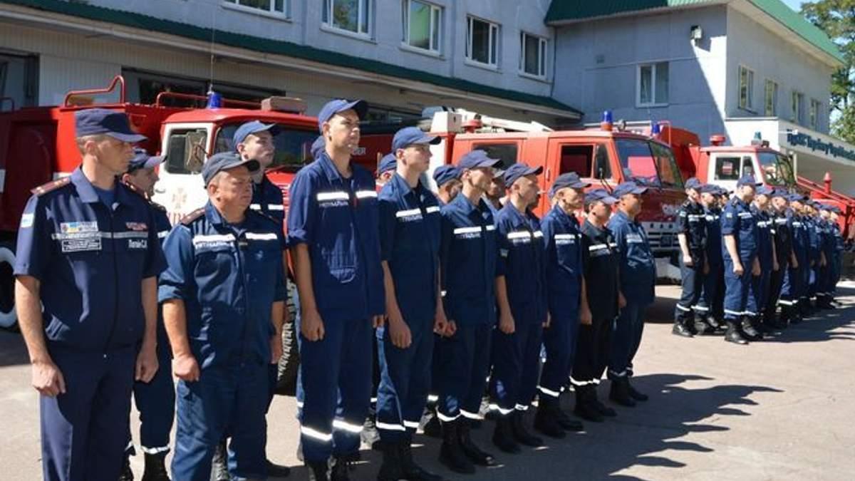 Рятувальники перейшли на посилений режим роботи на період травневих свят
