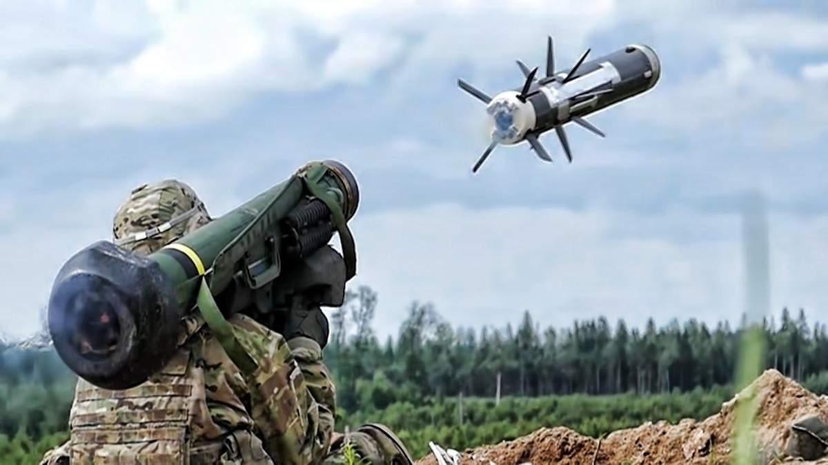 """Полторак официально озвучил дату, когда украинские войска получат """"Джавелины"""""""