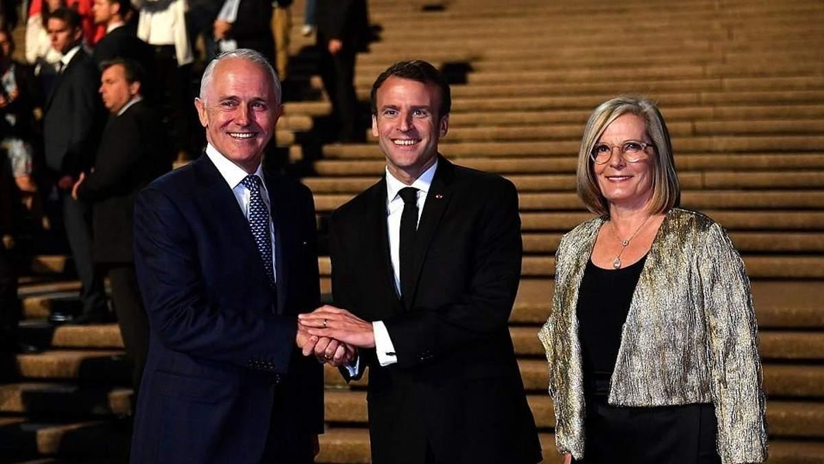 """Макрон назвал """"вкусненькой"""" жену премьер-министра Австралии"""