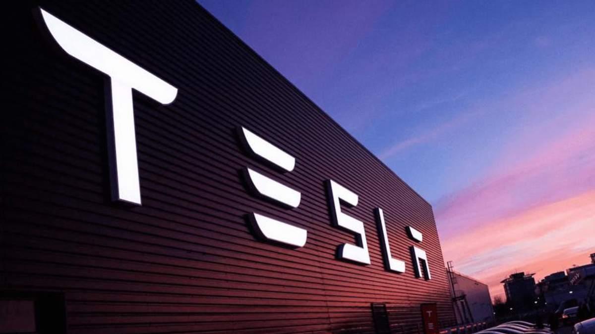 В первом квартале 2018 года Tesla потеряла рекордную сумму денег