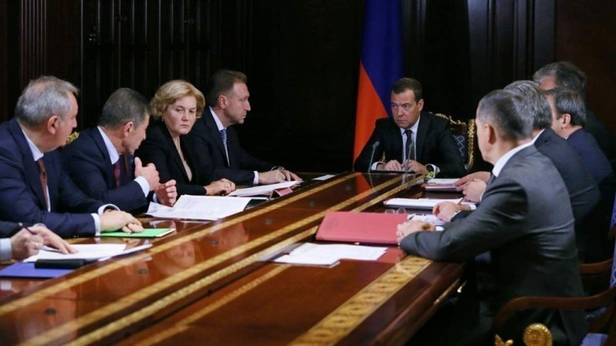На России ожидают серьезные политические перестановки после инаугурации Путина, – СМИ