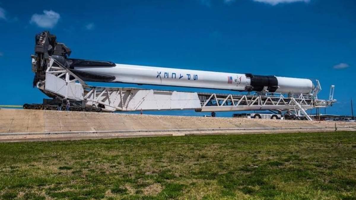 SpaceX назначила новую дату запуска ракеты Falcon 9 Block 5