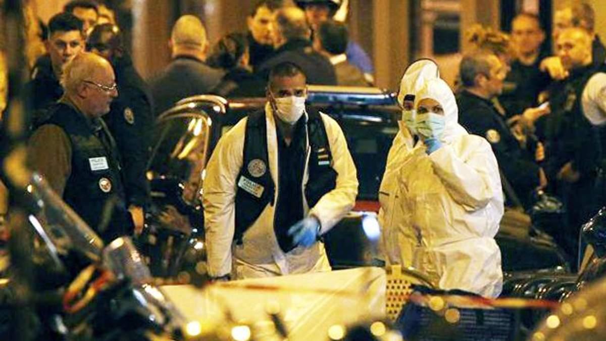 Фото с места теракта в центре Парижа