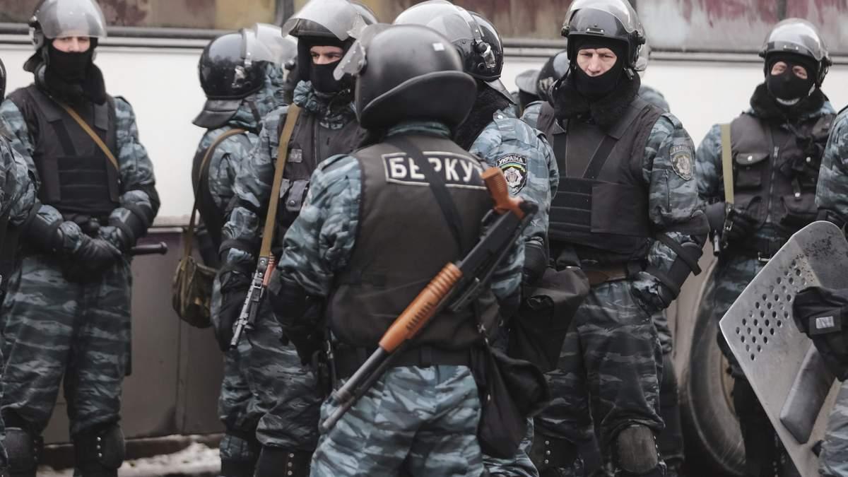 У Москві на параді помітили трьох убивць, яких розшукує Україна: відео