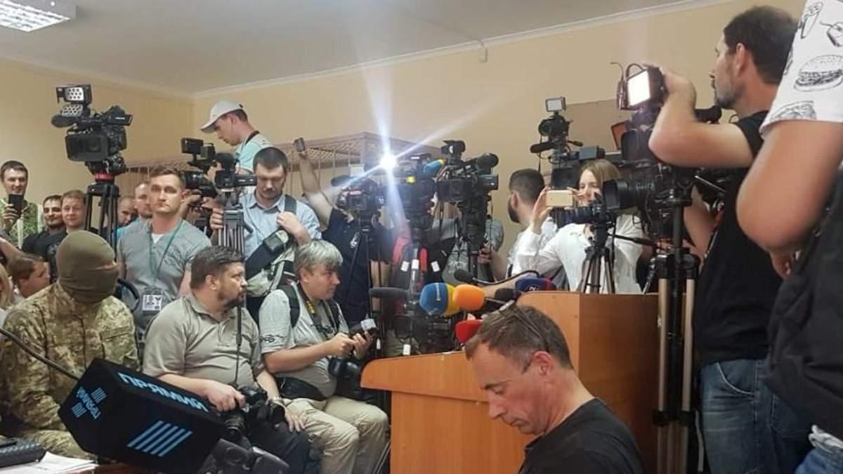 """У Херсоні триває суд над керівником """"РИА Новости Украина"""" Вишинським"""