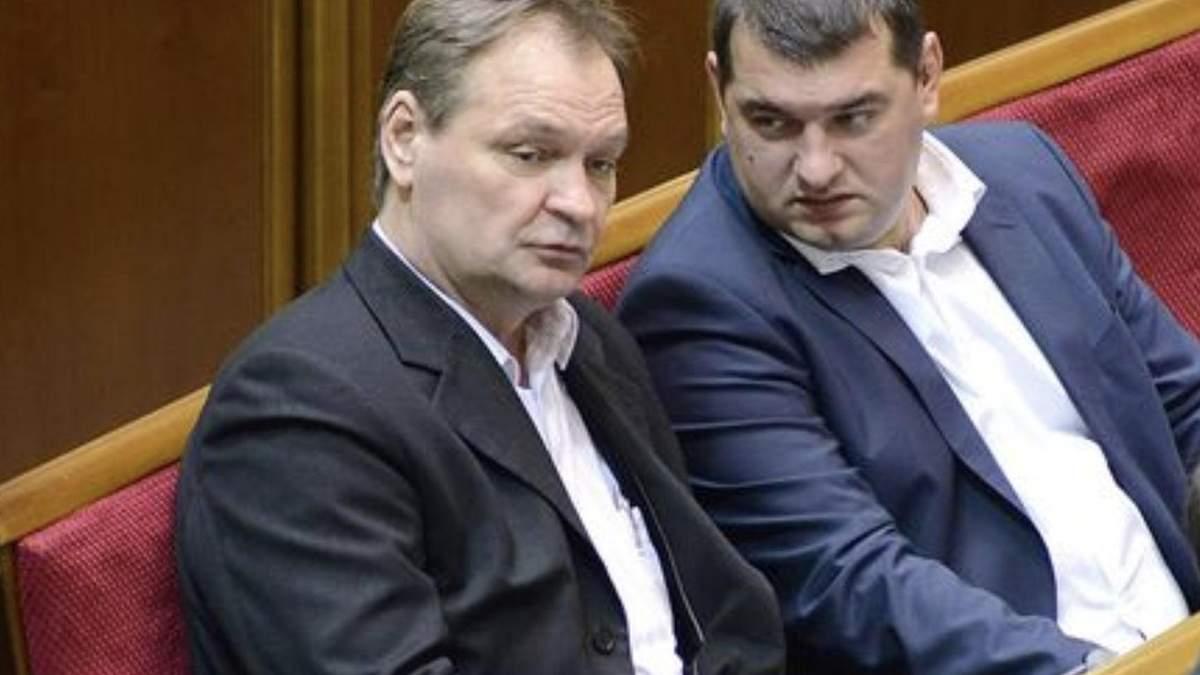 Олександр Пономарьов (зліва)
