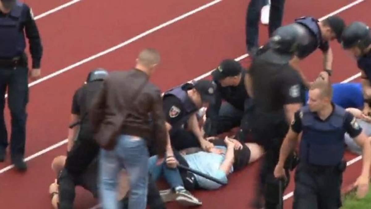 Поліція опублікували детальне відео сутички під час футбольного матчу в Черкасах