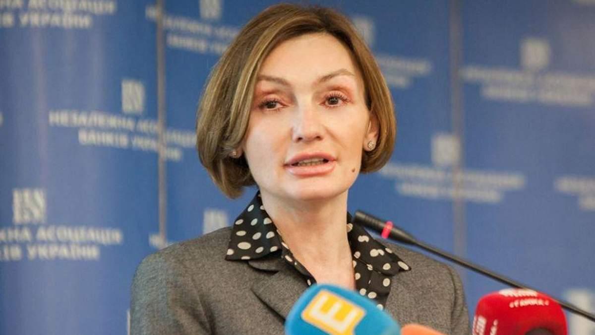 "Почему Рожкова виртуозно взялась разруливать проблемы ""Платинум-банка"""