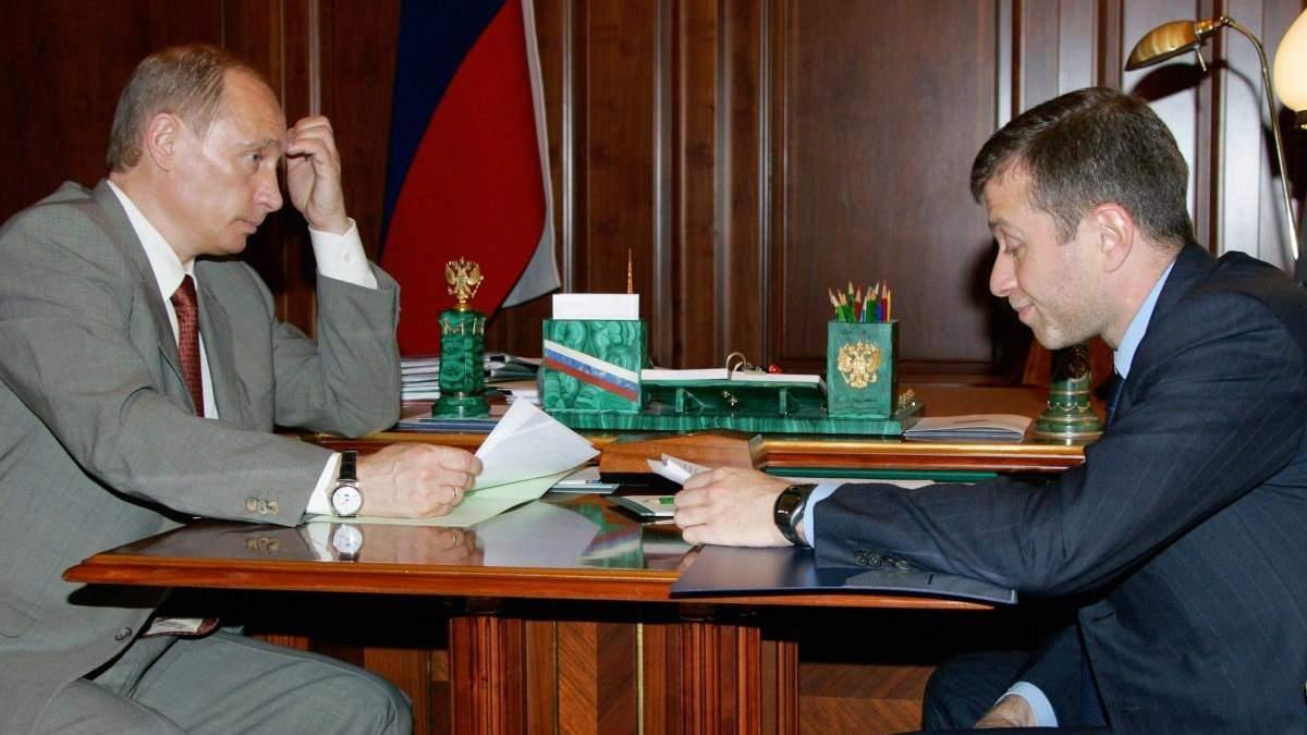 Абрамович розплачується за близькість до Путіна