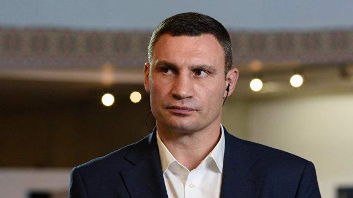 Кличко планує просити іноземних футболістів долучитися до ініціативи звільнення Сенцова