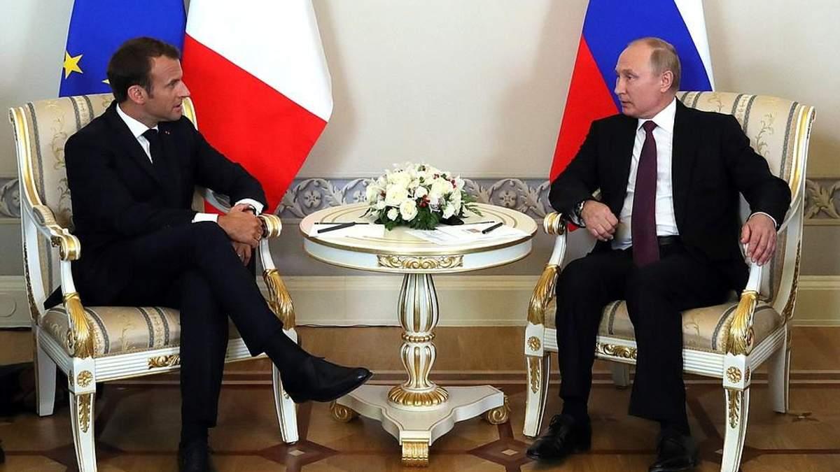 Макрон з Путіним поговорили про війну на Донбасі